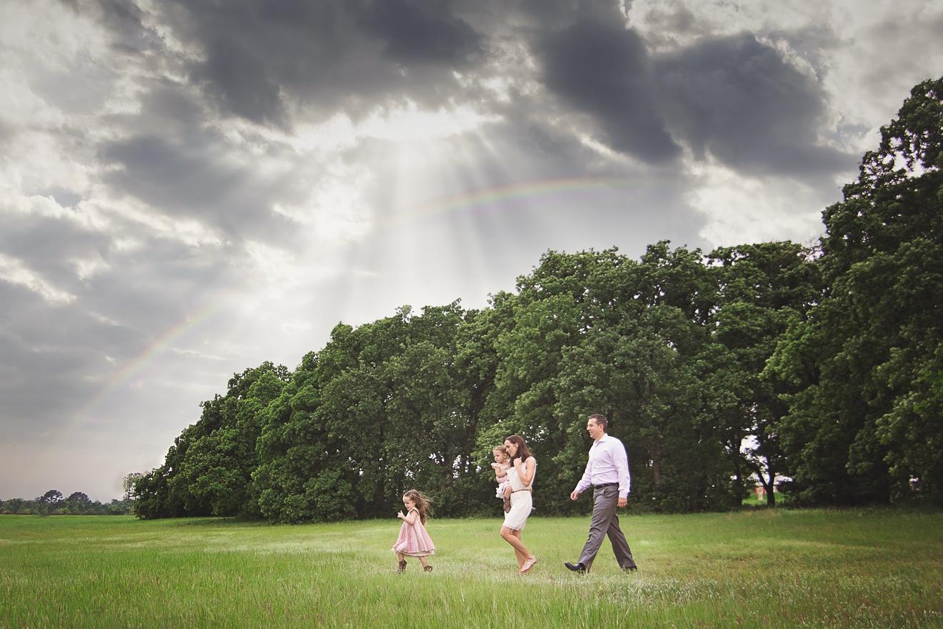 Trophy Club family in a field by Sunny Mays near Westlake Texas