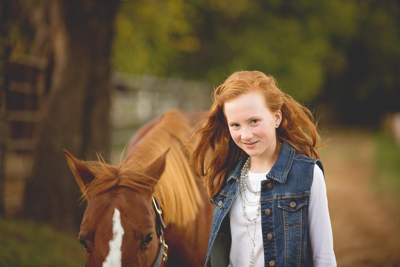 Tween girl and her horse in Keller Texas by Sunny Mays Photography